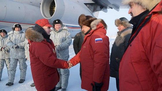 Poutine accueilli en Terre François-Joseph