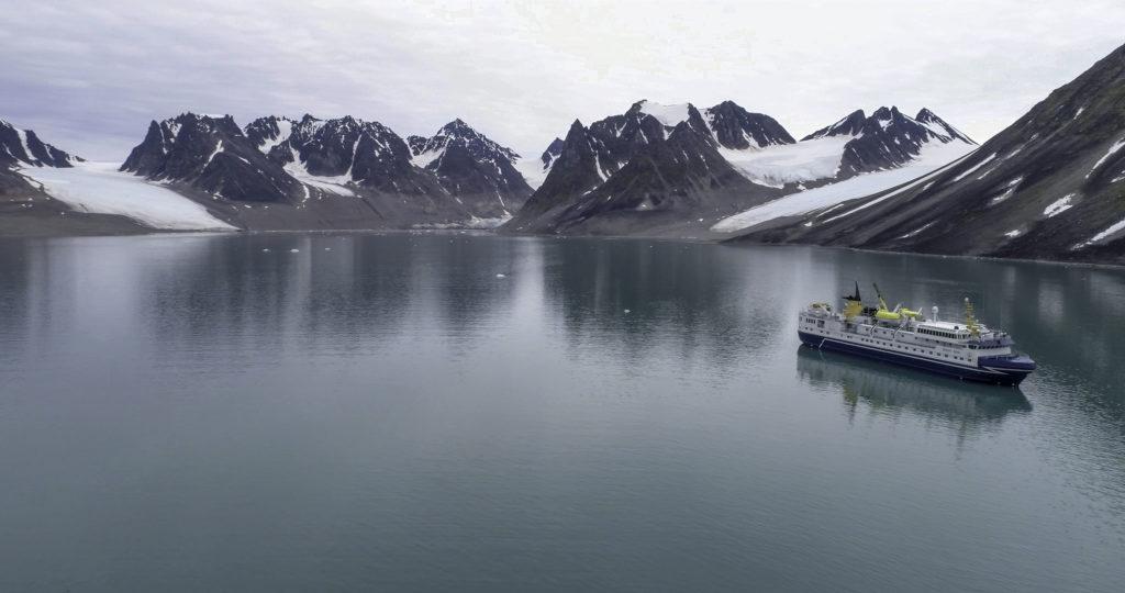 Croisère polaire à bord de l'Ocean Nova