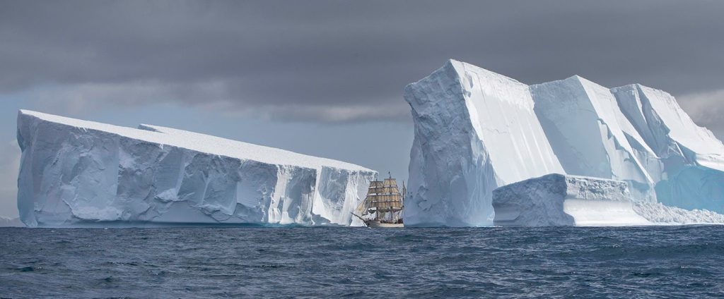 Icebergs geants Antarctique