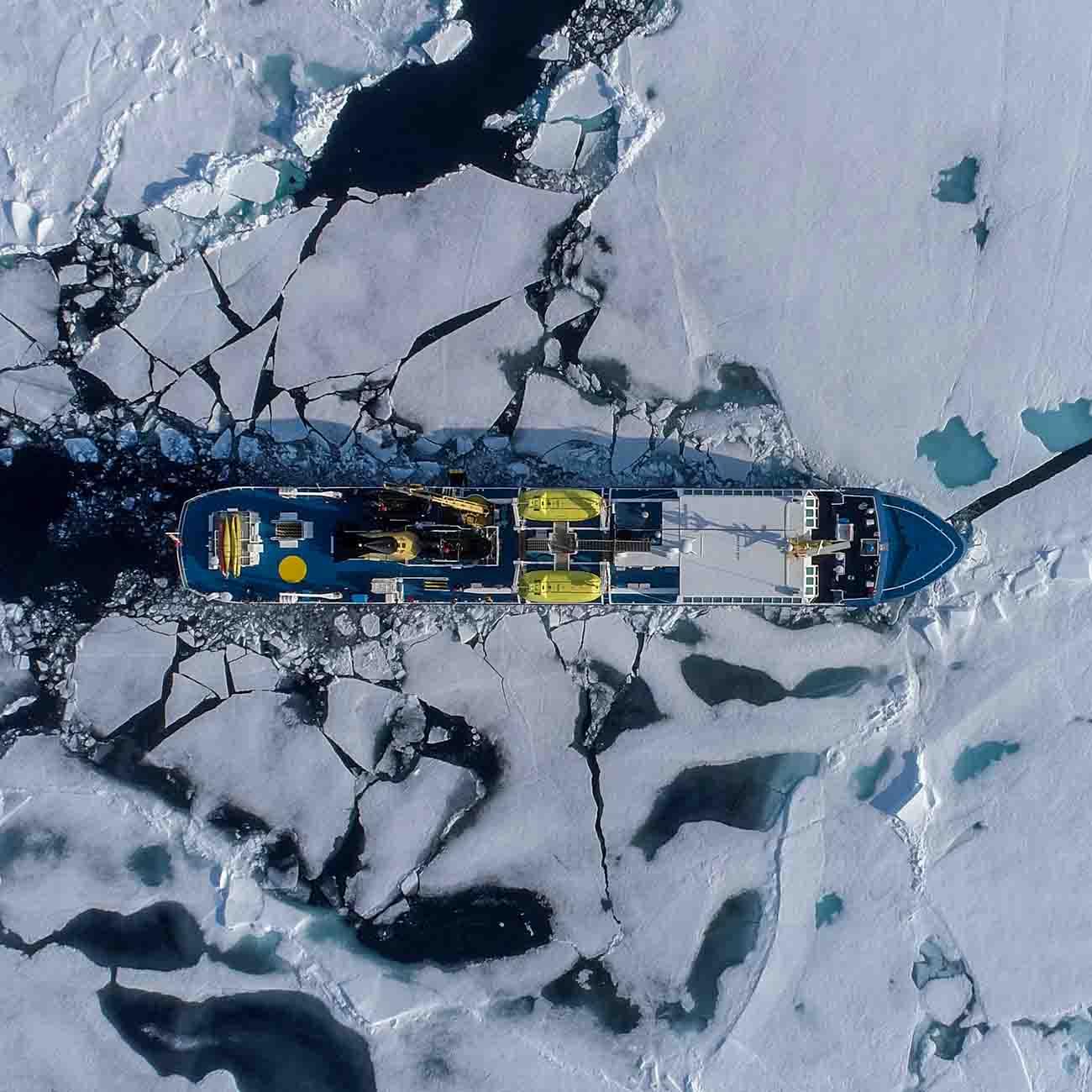 Ocean Nova au coeur de la Banquise Arctique - Grands Espaces