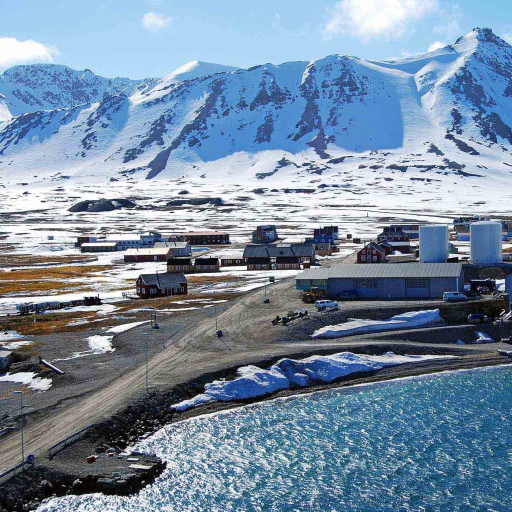 Découverte de la ville de Ny Alesund et de sa station Scientifique au Groenland