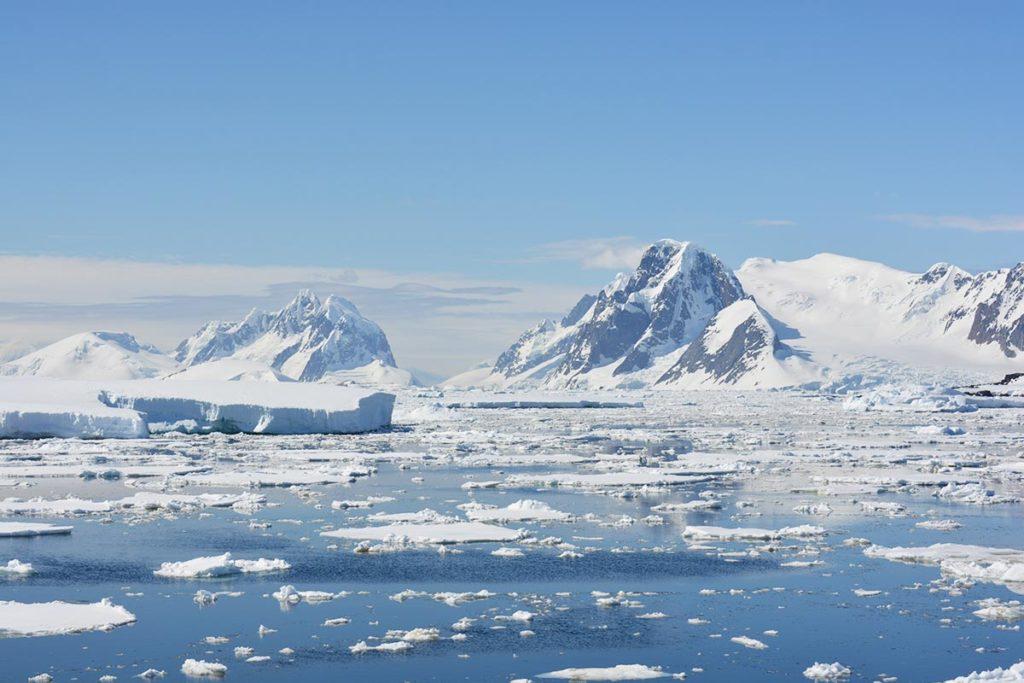 Exploration de l'Antarctique lors des croisières