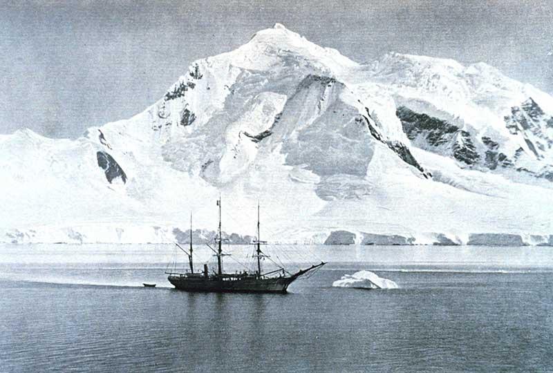Navire Belgica Antarctique Amundsen