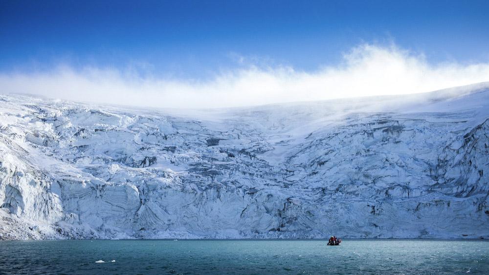 Glacier Odinbreen zodiac
